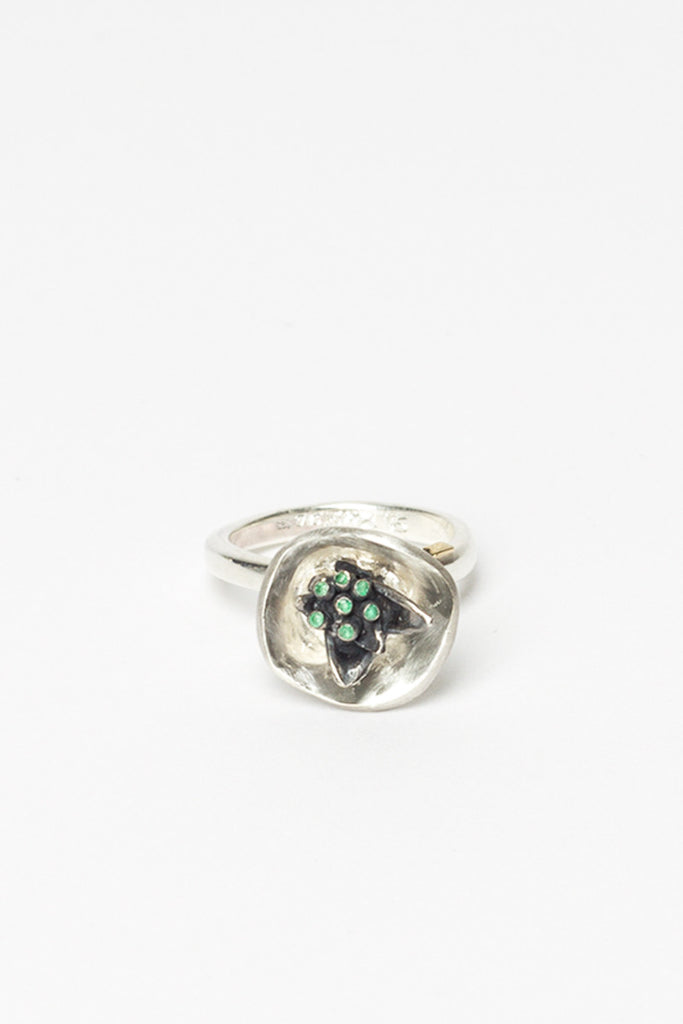 Mallow Emerald Ring