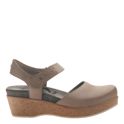 Womens wedge elizabeth in pecan side view