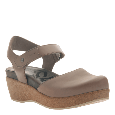 Womens wedge elizabeth in pecan