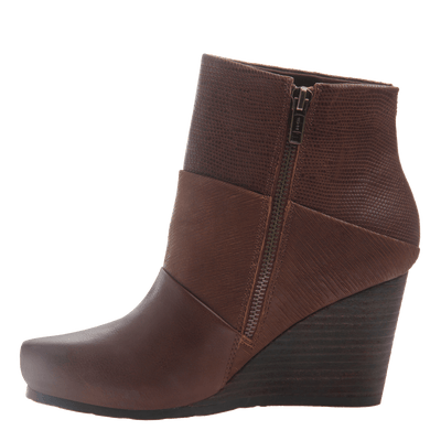 Dharma women's ankle boot in acorn inside view