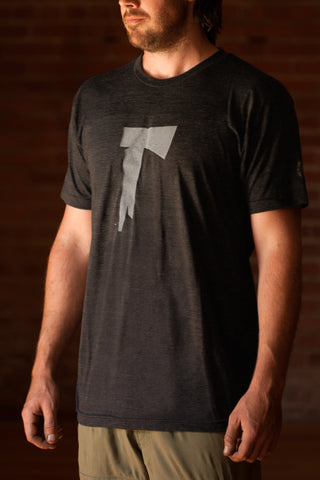 The Long Dark® T-Shirt - Men's Axe on the Front