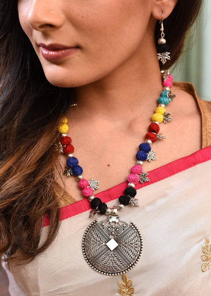 Exclusive multicolored necklace set with german silver pendant