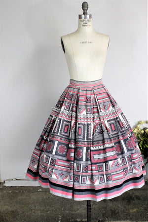 Vintage 1950s Full Skirt Novelty Print in Pink Black Gray And White Cotton