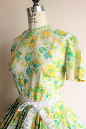 Vintage 1950s Green, Yellow and Blue Floral Print Dress