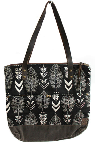 Velvet black and white ferns Islander Tote