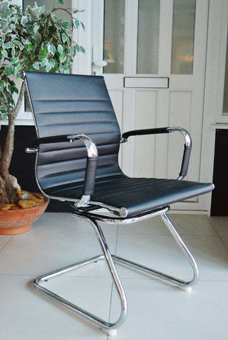 Black Reception Office Chair on Cantilever Leg