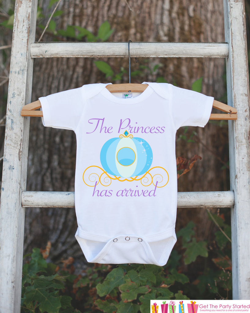 The Princess Has Arrived Bodysuit For Newborn Baby Girls - Princess Onepiece - Novelty Outfit Baby Shower Gift for Infant Girl - Carriage - Get The Party Started