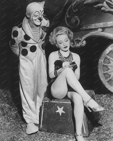 Circus Clown With Pretty Girl 8x10 Reprint Of Old Photo