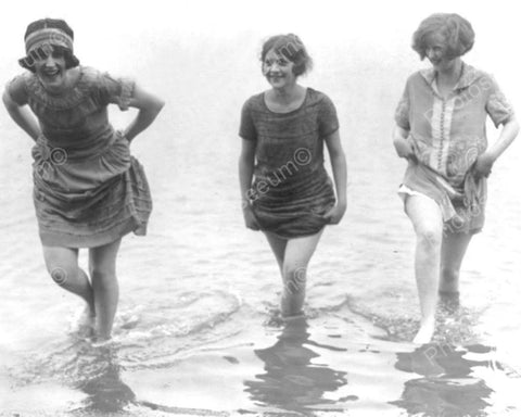 Bathing Beauties Show Off Legs 1900s 8x10 Reprint Of Old Photo