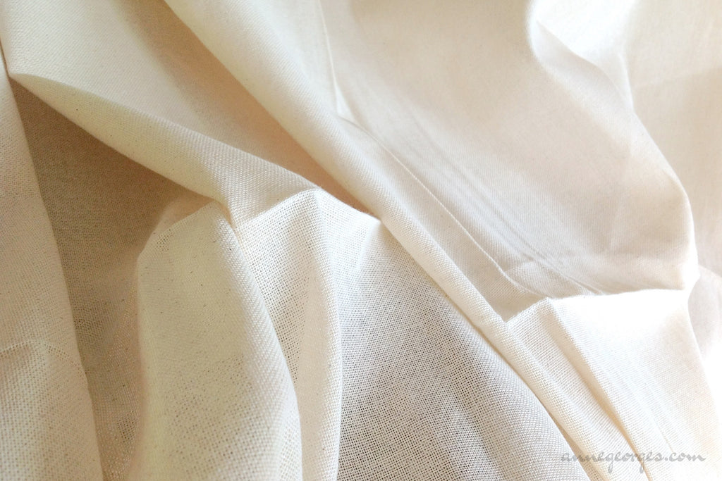Organic Cotton Handwoven Fabric - LOOMSTATE ( Burlap Plain, Unbleached Dyeable )