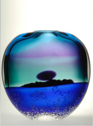 Blodgett Glass - Island Midnight Vase - Moon and No Birds 8.5x8.5""