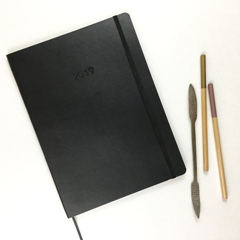 2019 UPstudio Monthly Planner