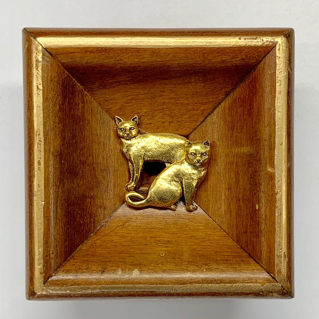 Wooden Frame with Cats (3.5