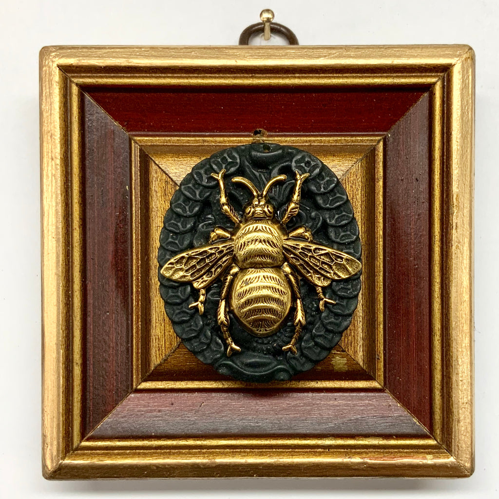 Painted Frame with Grande Bee on Jade (3.75
