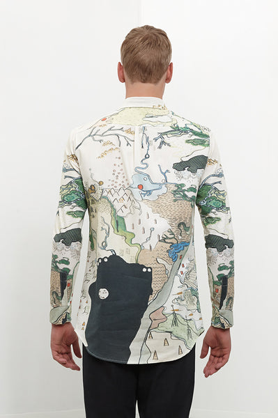Shirt: THE MAP | Artist: Morta - Streetwear - Ingmar Studio