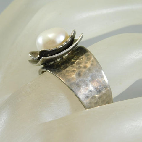 Hammered Sterling Pearl Ring WIde Band Silpada Jewelry