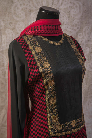 500942-suit-long-sleeve-red-black-geometric-pattern-with-gold-embroidery-and-scarf-bodice-view