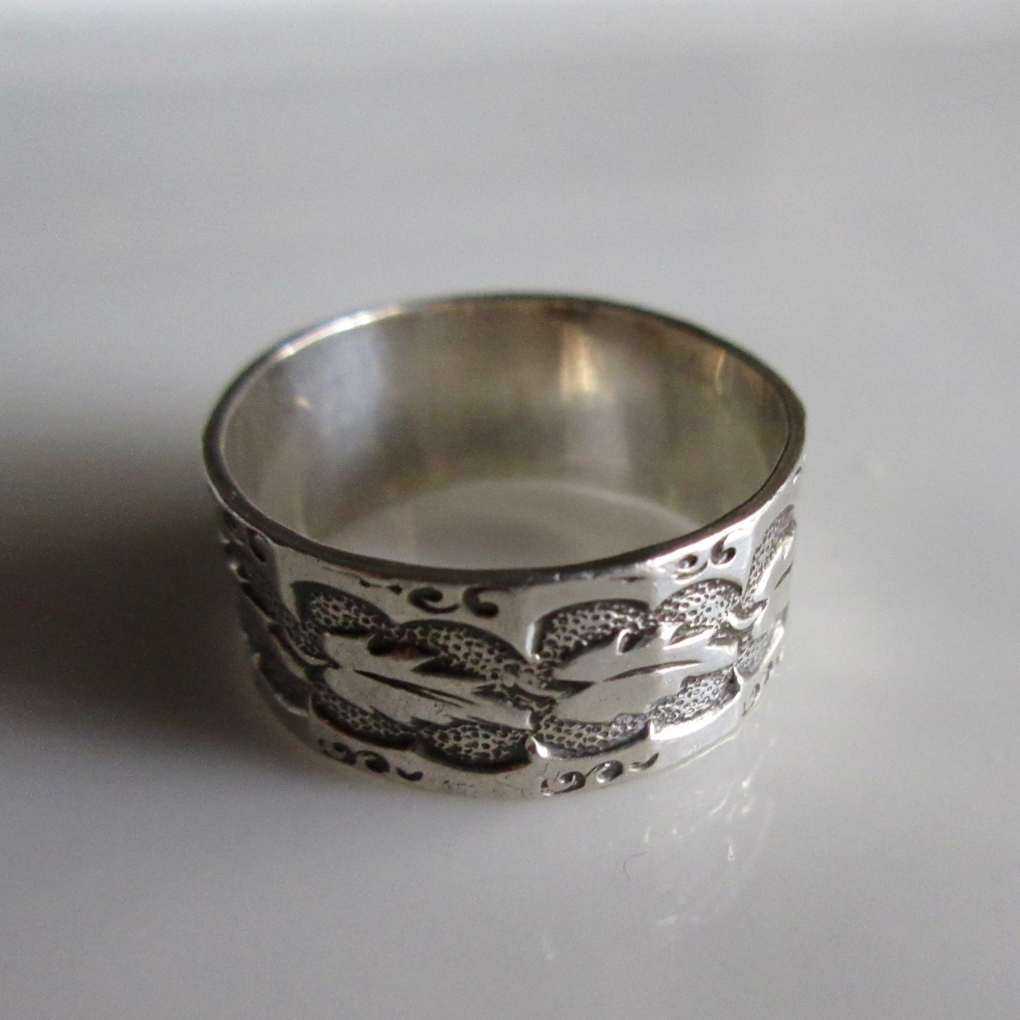 Vintage Art Deco Sterling Silver Wedding Band
