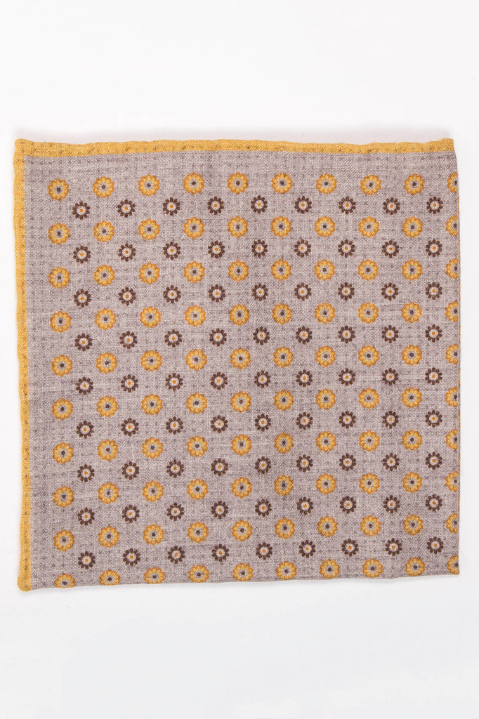 Micro Dotted Pocket Square