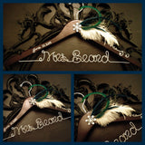 Great Gatsby Bridal Hanger, 1920's themed wedding hanger, Bride Hanger, Personalized Hanger, Name Hanger