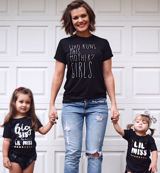 Who Runs This Mother? GIRLS -Adult Unisex Tee