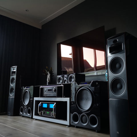 Featured Home Theater System: Nick B. in Grootebroek, Netherlands