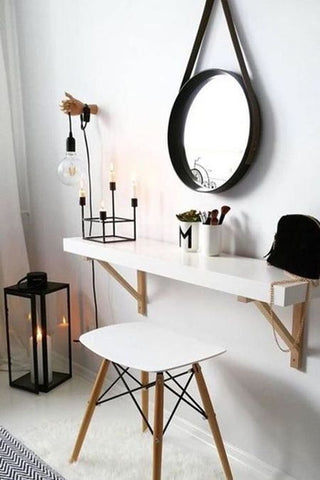 black and white dressing table