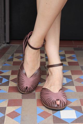 Plie Sandals - Brown