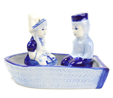 Collectible Salt and Pepper Shakers: Delft Boat - OktoberfestHaus.com  - 1