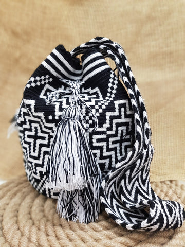 Juli Wayuu Design Black & White Mochila Bag