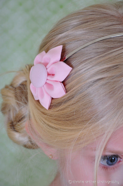 Light Pink Kanzashi Fabric Flower-Available in 4 Styles - Hold It!