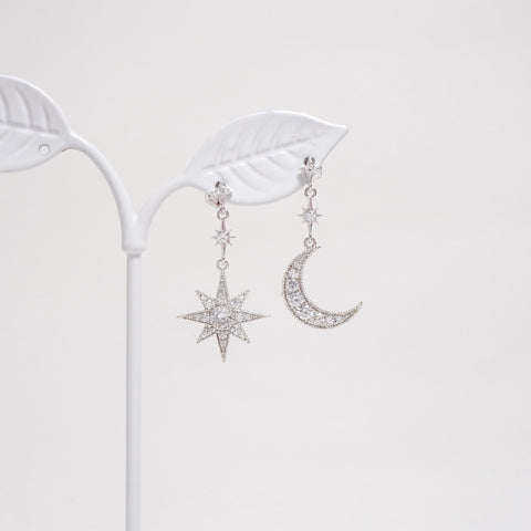 Moon & Star Earrings [Her Private Life]