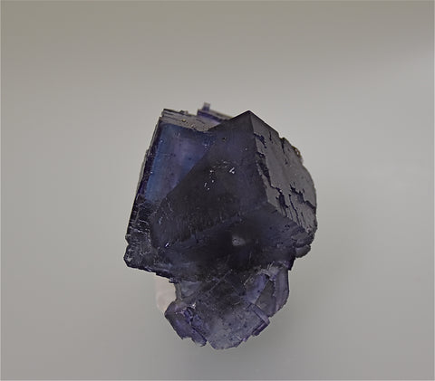 Fluorite, Sub-Rosiclare Level Annabel Lee Mine, Ozark-Mahoning Company, Harris Creek District, Southern Illinois, Mined ca. 1988, Holzner Collection, Miniature 4.5 x 5.0 x 7.5  cm, $350.  Online 5/1