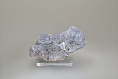 Fluorite, Lee Yanlt, Hunan Province, China, Ralph Campbell Collection, Miniature 4.0 x 5.0 x 8.0 cm, $65. Online 10/4.