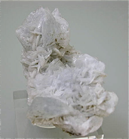 Barite on Calcite, attr: Minerva #1 Mine, Minerva Oil Company, Cave-in-Rock District, Southern Illinois, Mined c. late 1960s, Bynum Collection, Small Cabinet 3.5 x 4.0 x 6.0 cm, $100. SOLD