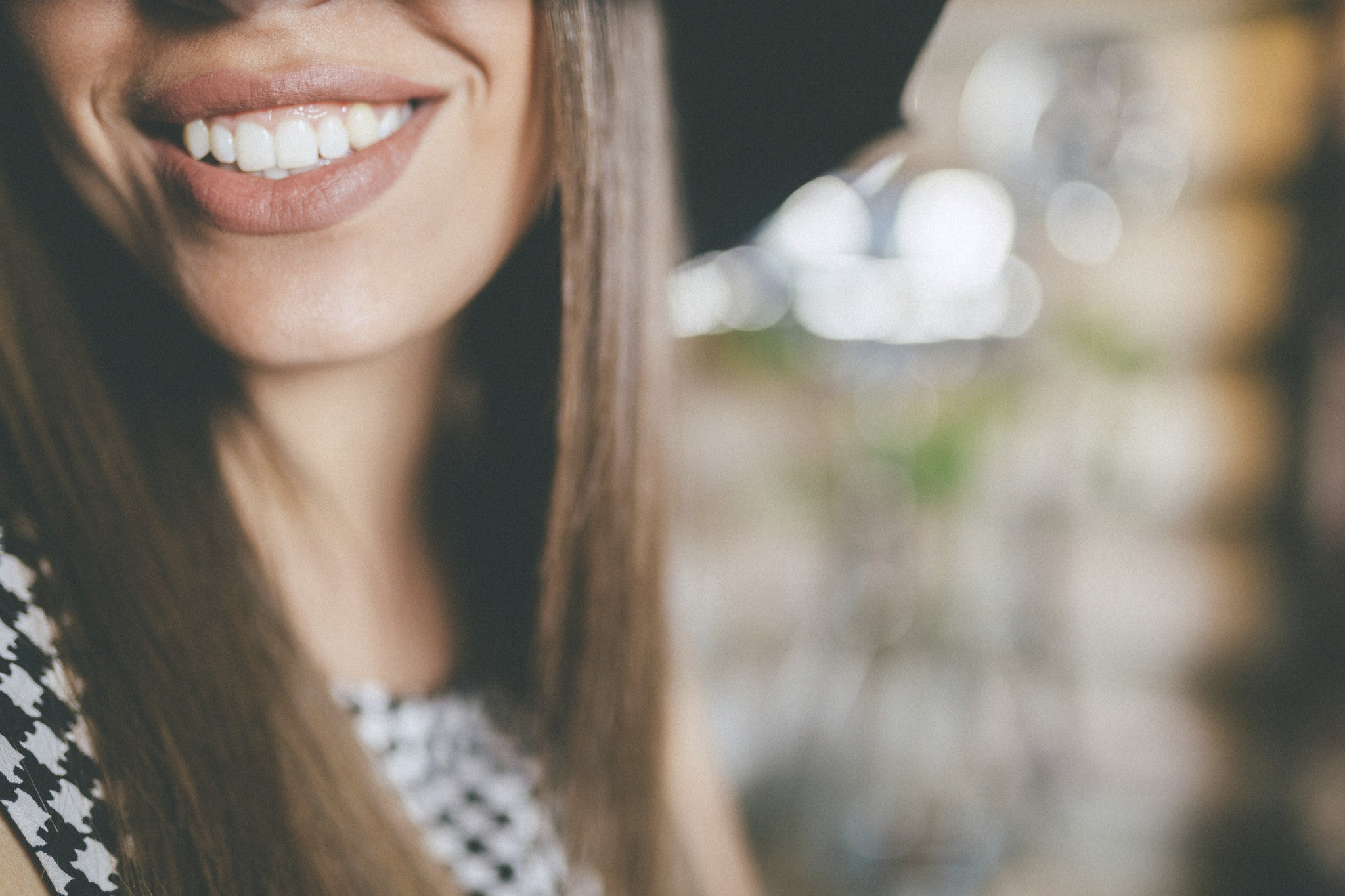 Zoom! Teeth Whitening available at Distinctive Dentistry of Bend