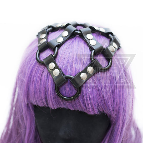 Pure black headpiece