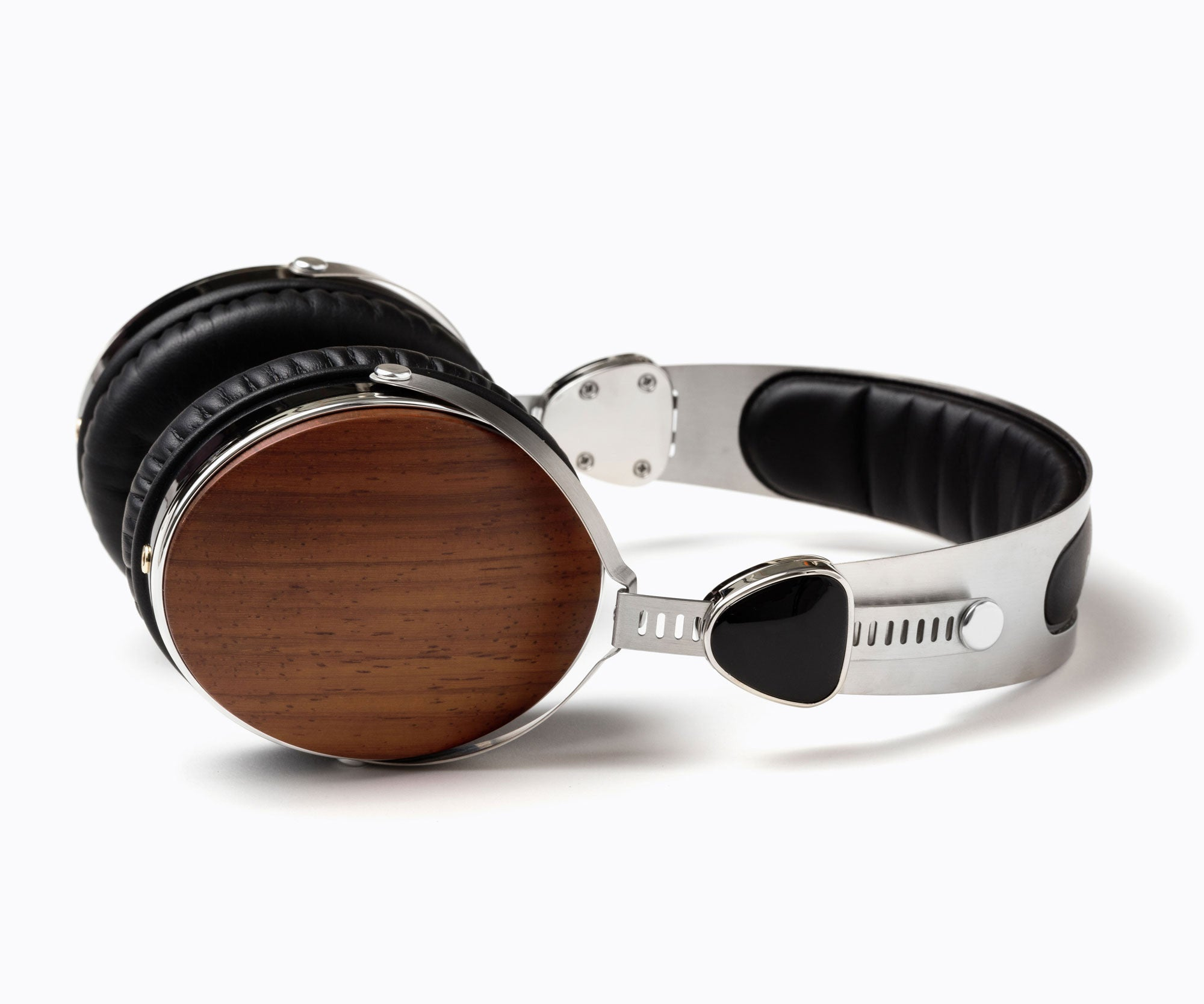 Wraith 2.0 Walnut Headphones with Mic