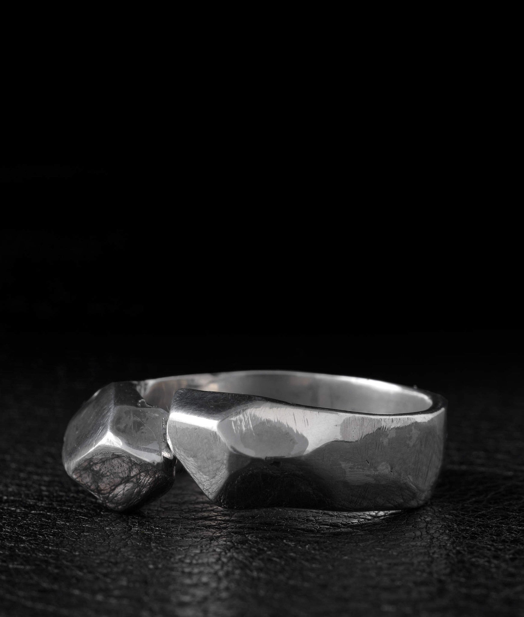 Lee Brennan Design – Mineo Ring