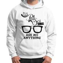 I'M A POLISCI MAJO K ME ANYTHING DESIGNGildan Hoodie (on man) - Gordon Wear