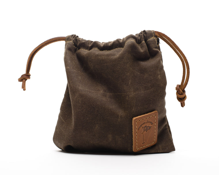 Waxed Canvas Golf Valuables Field Pouch in Bourbon