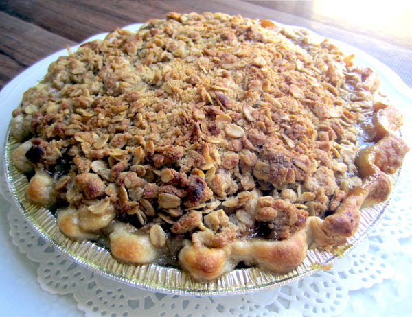 Bourbon Apple or Pear Crumble Pie