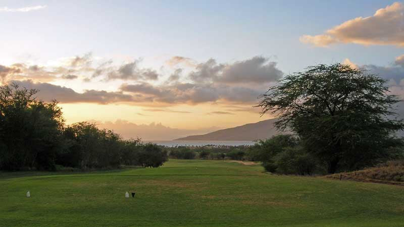 Maui Nui Ocean 18th hole at sunset