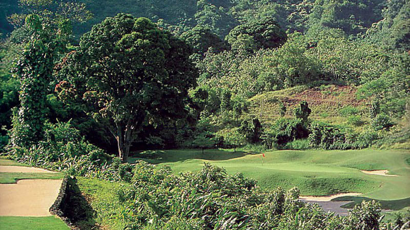 Ko'olau Golf Club Jungle and 18th green