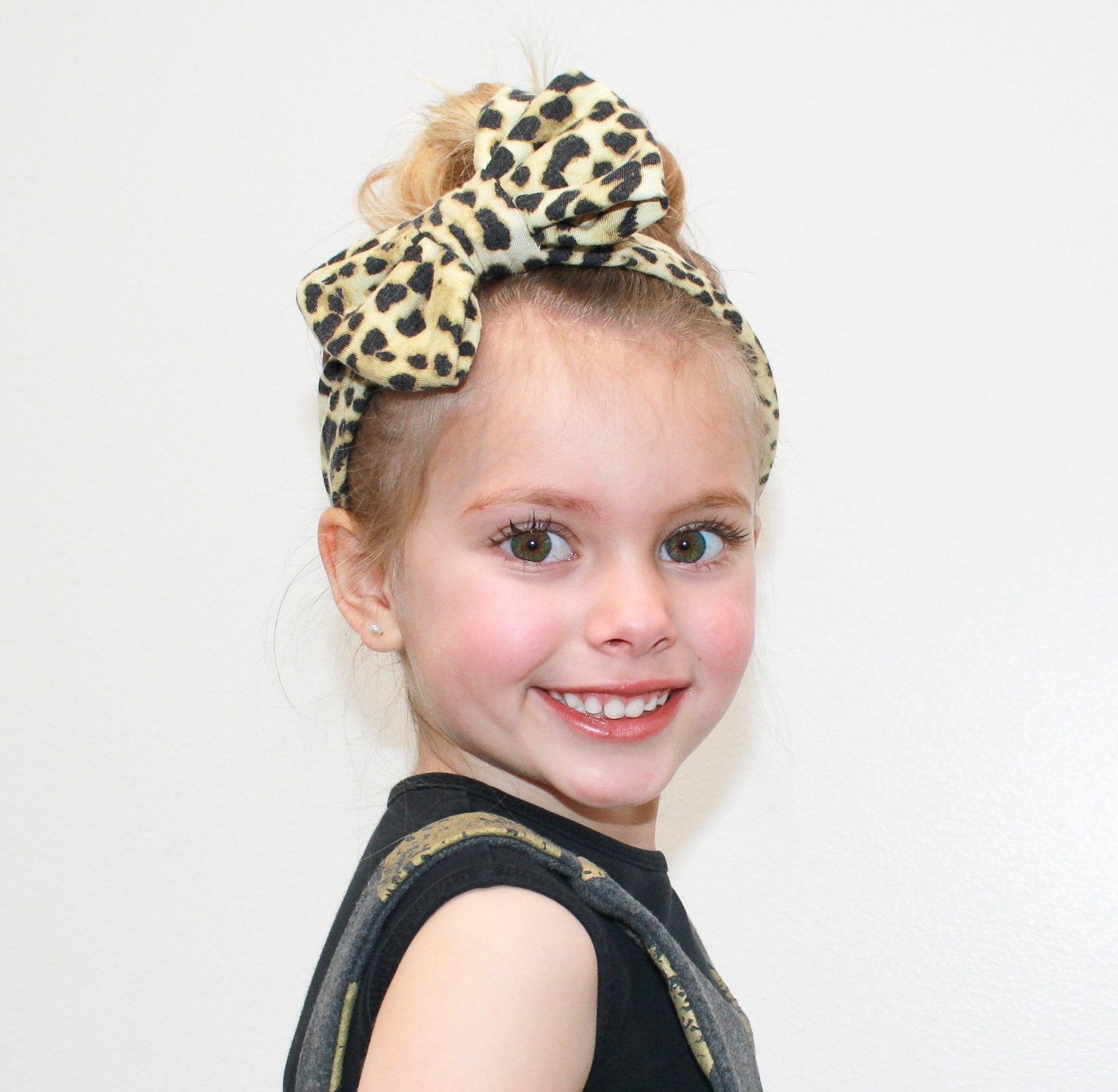 GOLDEN BEIGE CHEETAH Classic Bow Headband