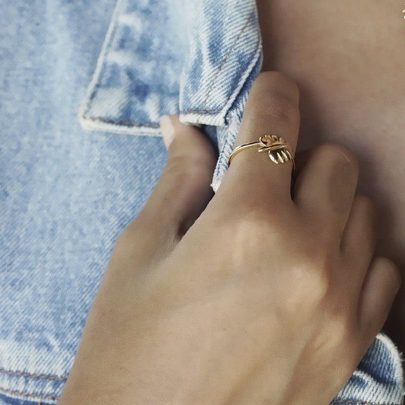 Never Leaf Me Ring (Gold)