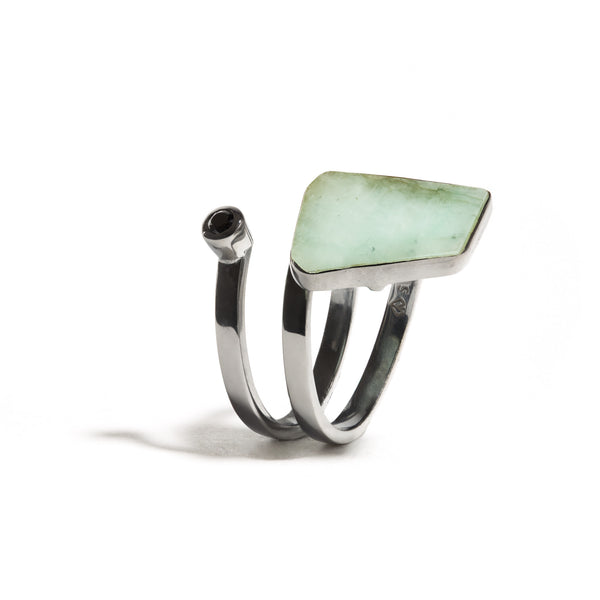 Lyja - Emerald Gunmetal Single Wrap Ring