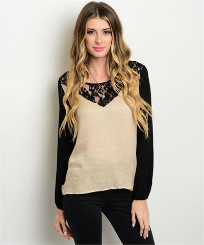 DEMI Top with lace neckline