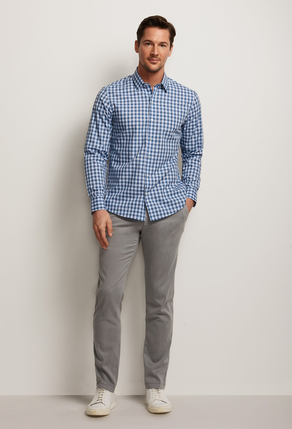 ZACHARY-PRELL-Schwantes-ShirtsModern-Menswear-New-Dress-Code
