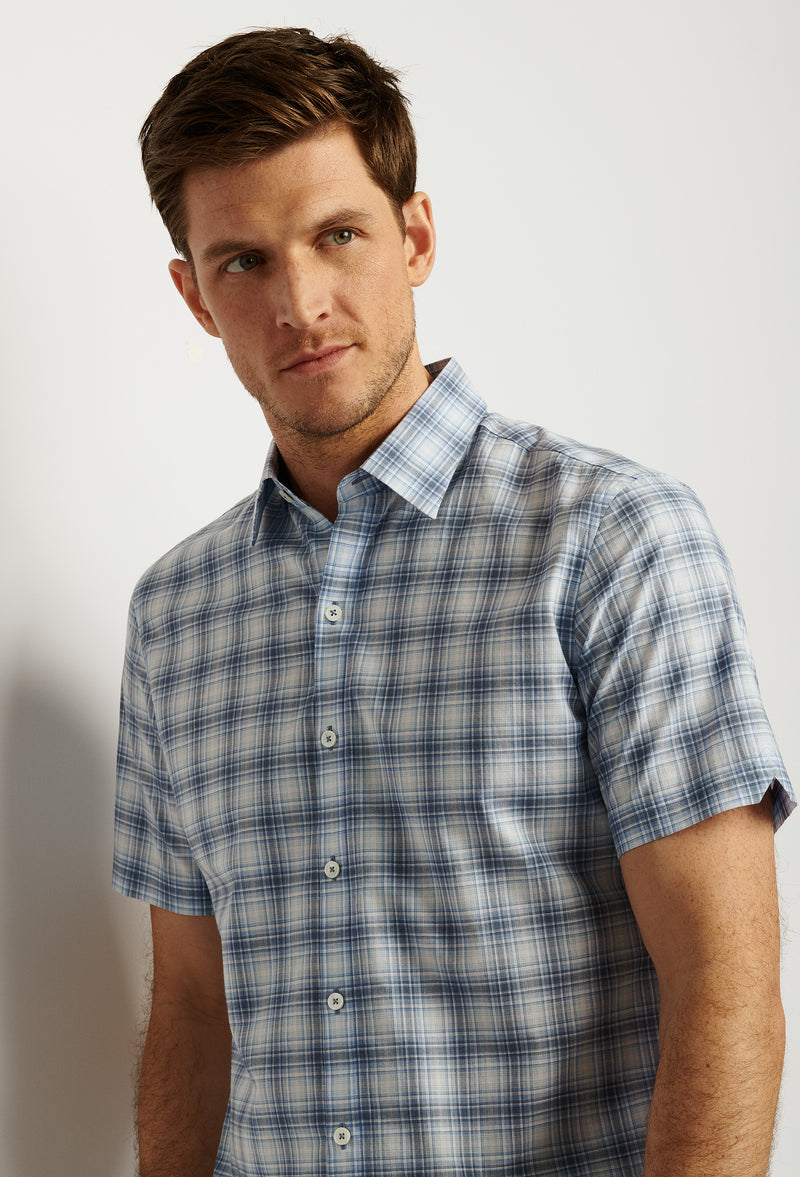 ZACHARY-PRELL-Bianco-ShirtsModern-Menswear-New-Dress-Code